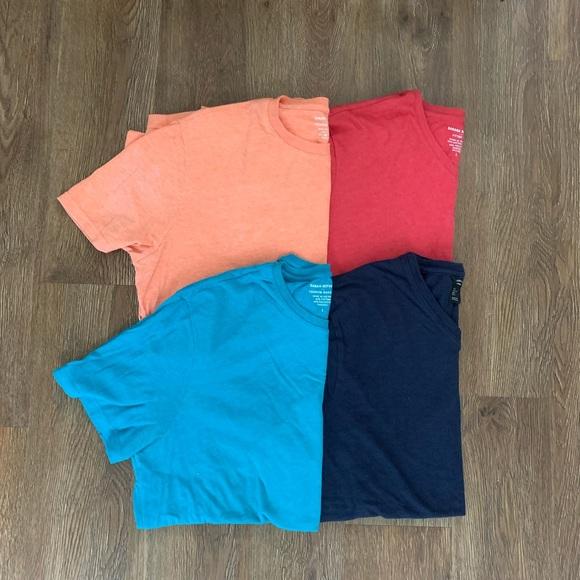 4 Men's T Shirts